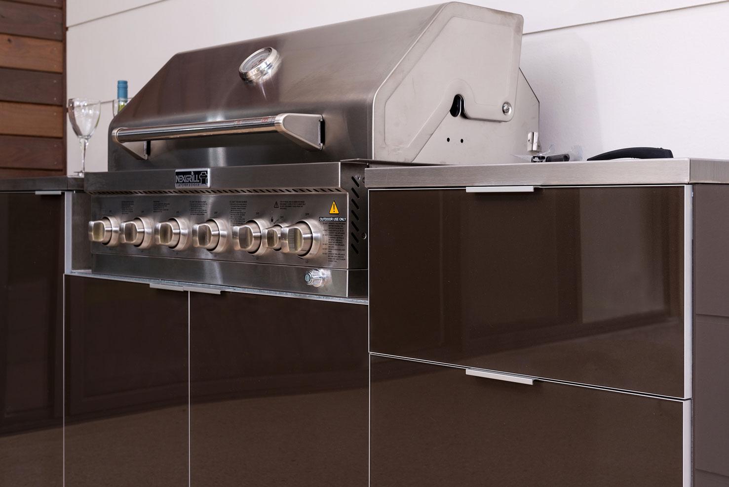 >Alfresco Kitchen